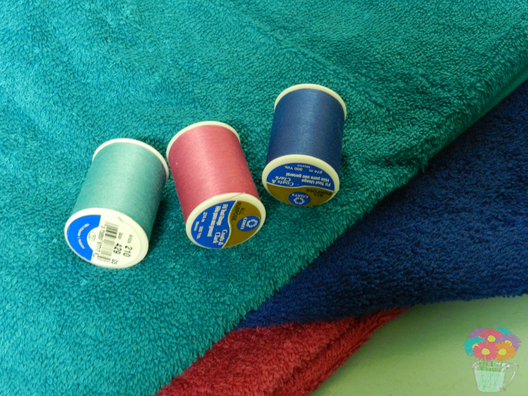 How to Add Loops to Bath Towels_towels and thread